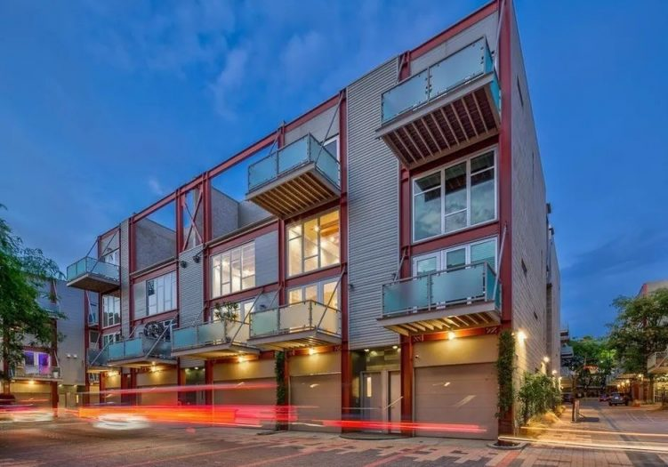 3450 Cahuenga Blvd # 405, Los Angeles, CA 90068